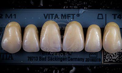 Damos a tus dientes,  color, naturalidad, estética y salud