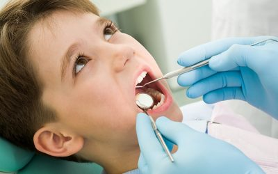 ¿Que son dientes supernumerarios?