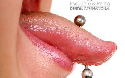 """Preguntas y respuestas sobre Odontopediatria """"Salud bucal en el paciente adolescente"""""""